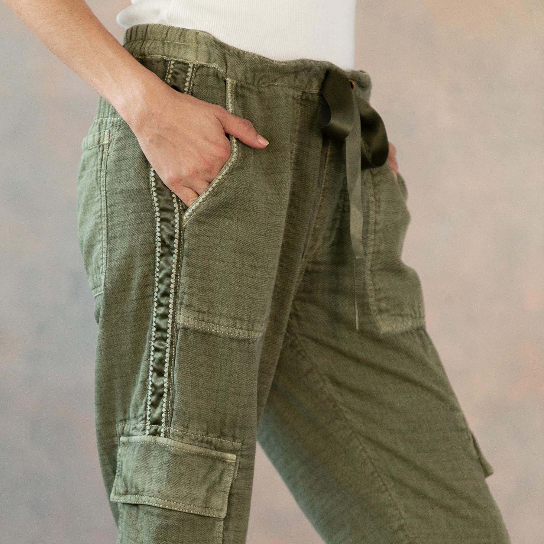 CLOVER CARGO PANTS - PETITES: View 6