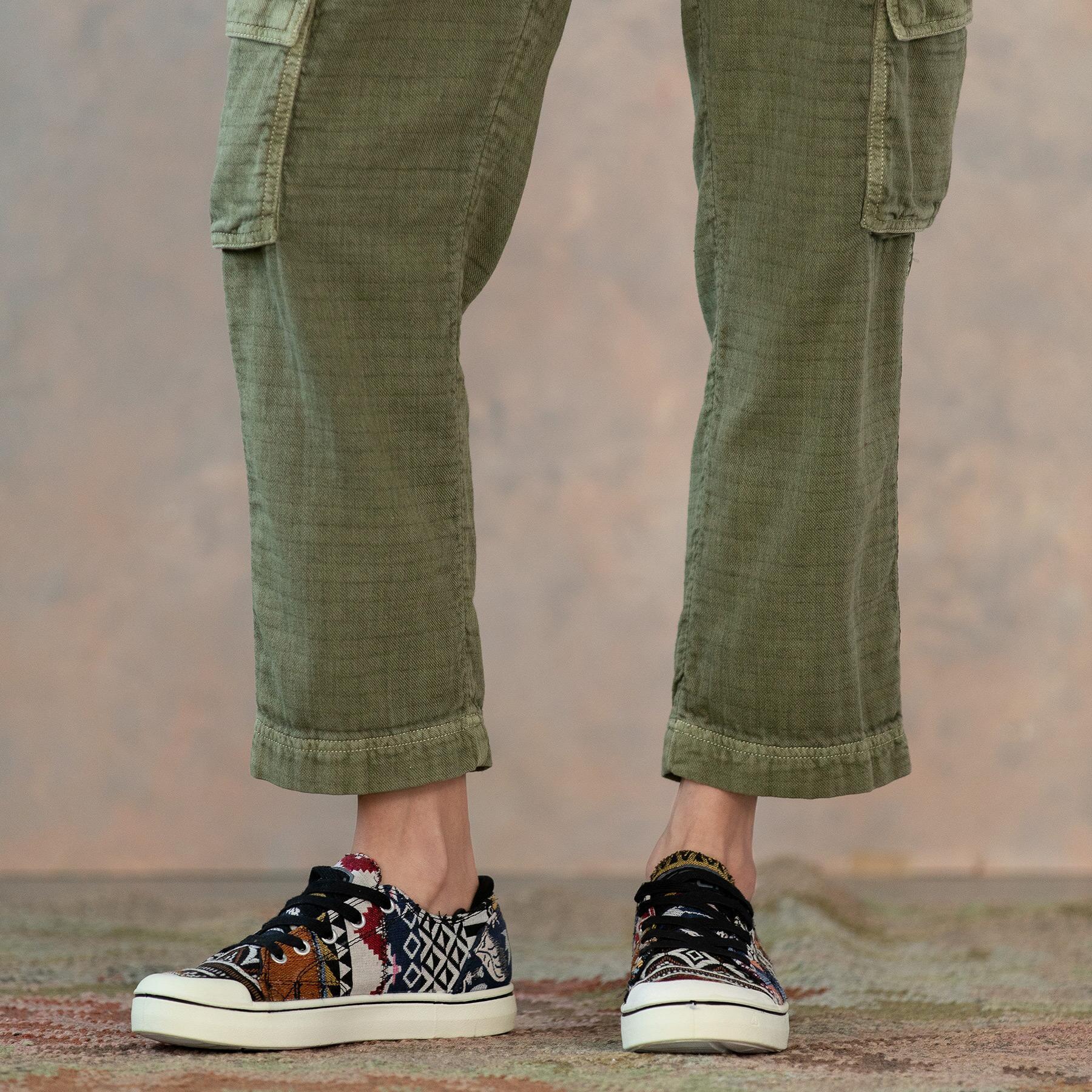 CLOVER CARGO PANTS - PETITES: View 7
