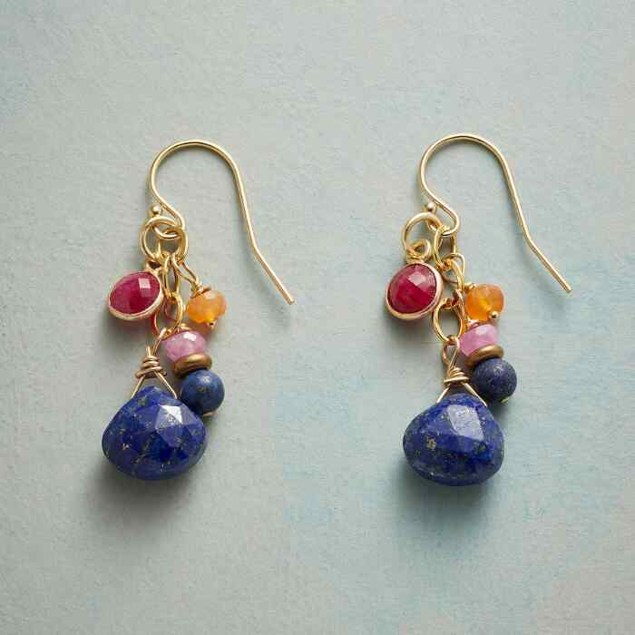 COLOR COORDINATED EARRINGS