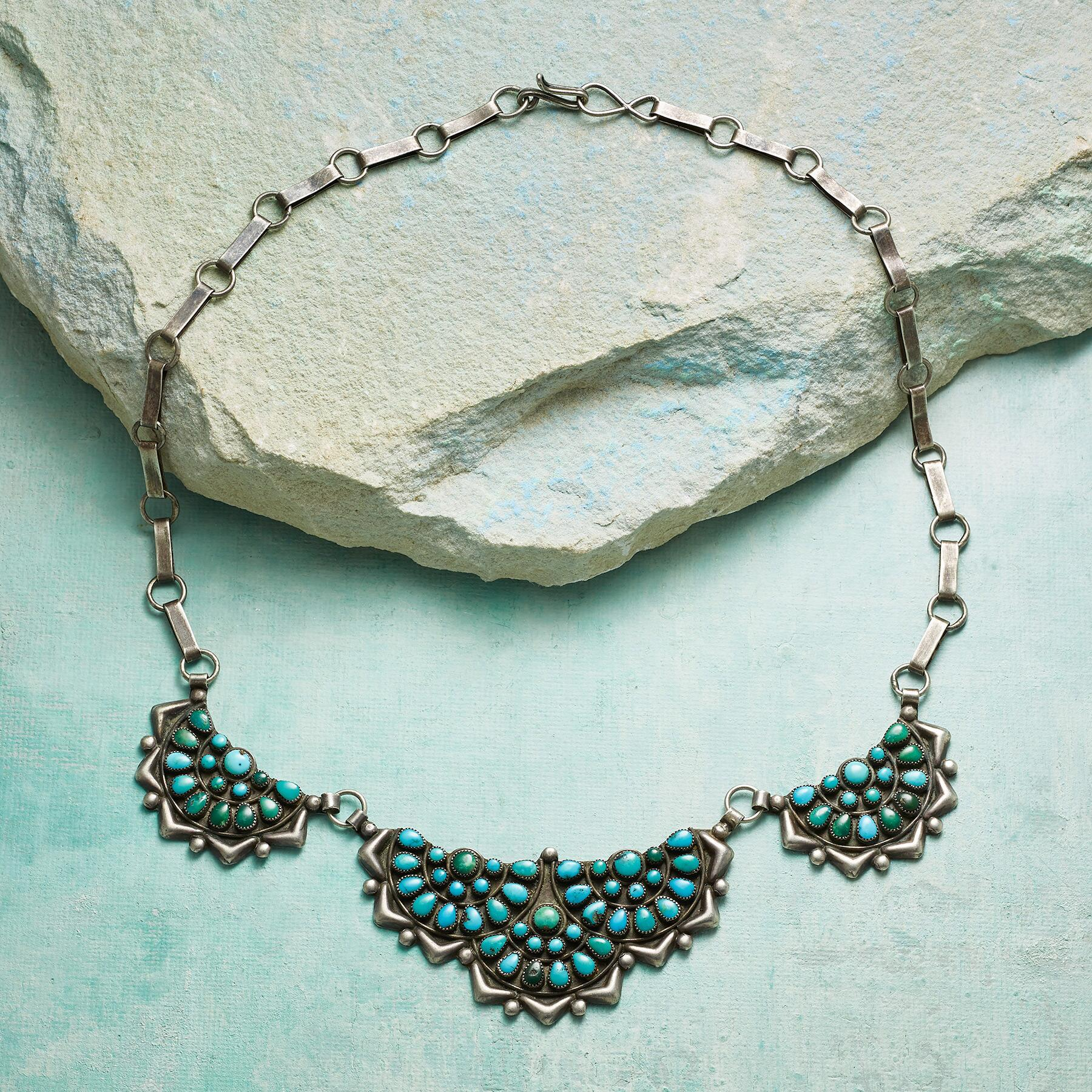 1950S ZUNI TURQUOISE NECKLACE: View 2