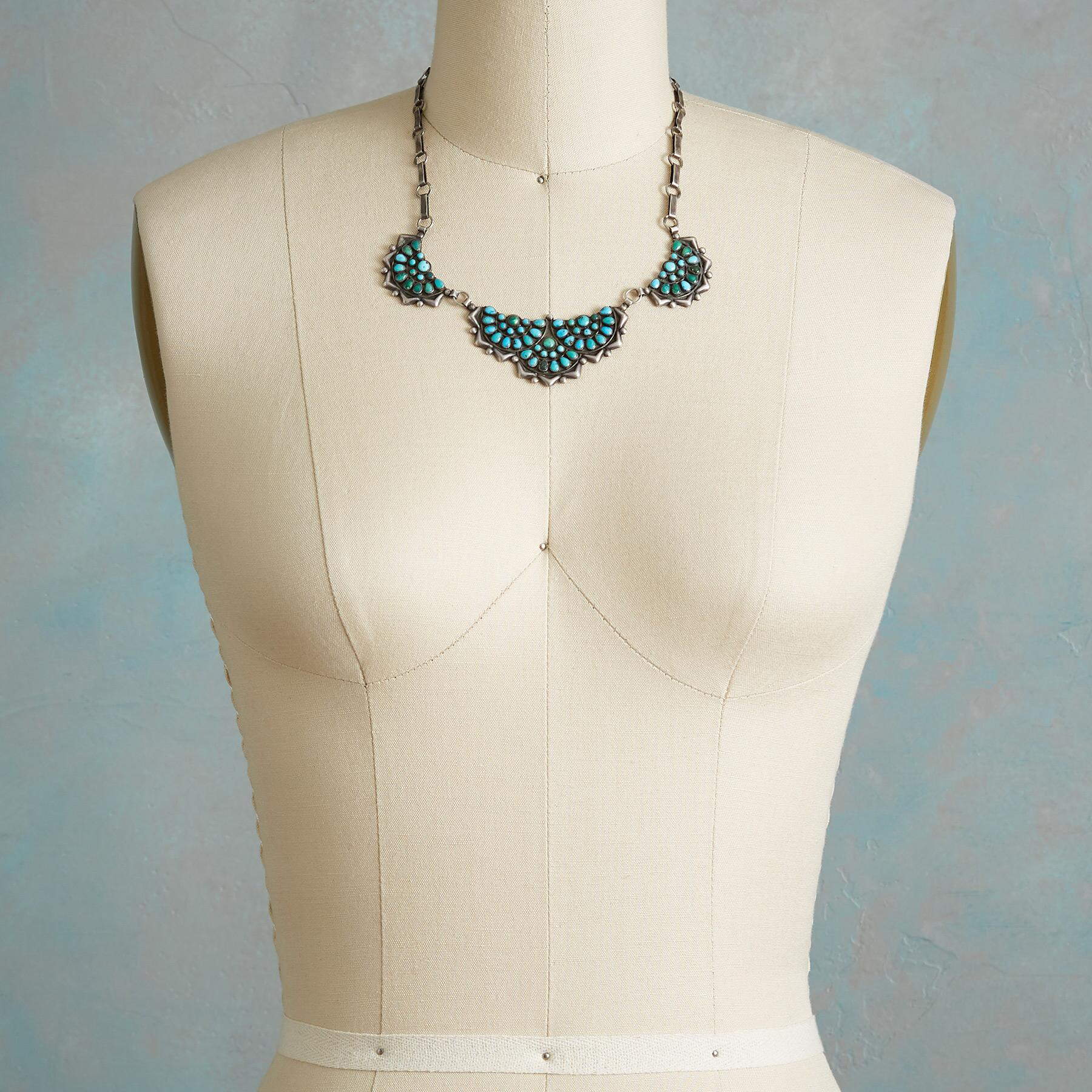 1950S ZUNI TURQUOISE NECKLACE: View 3