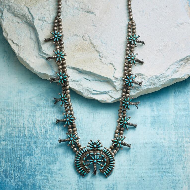1950S ZUNI SQUASH BLOSSOM NECKLACE