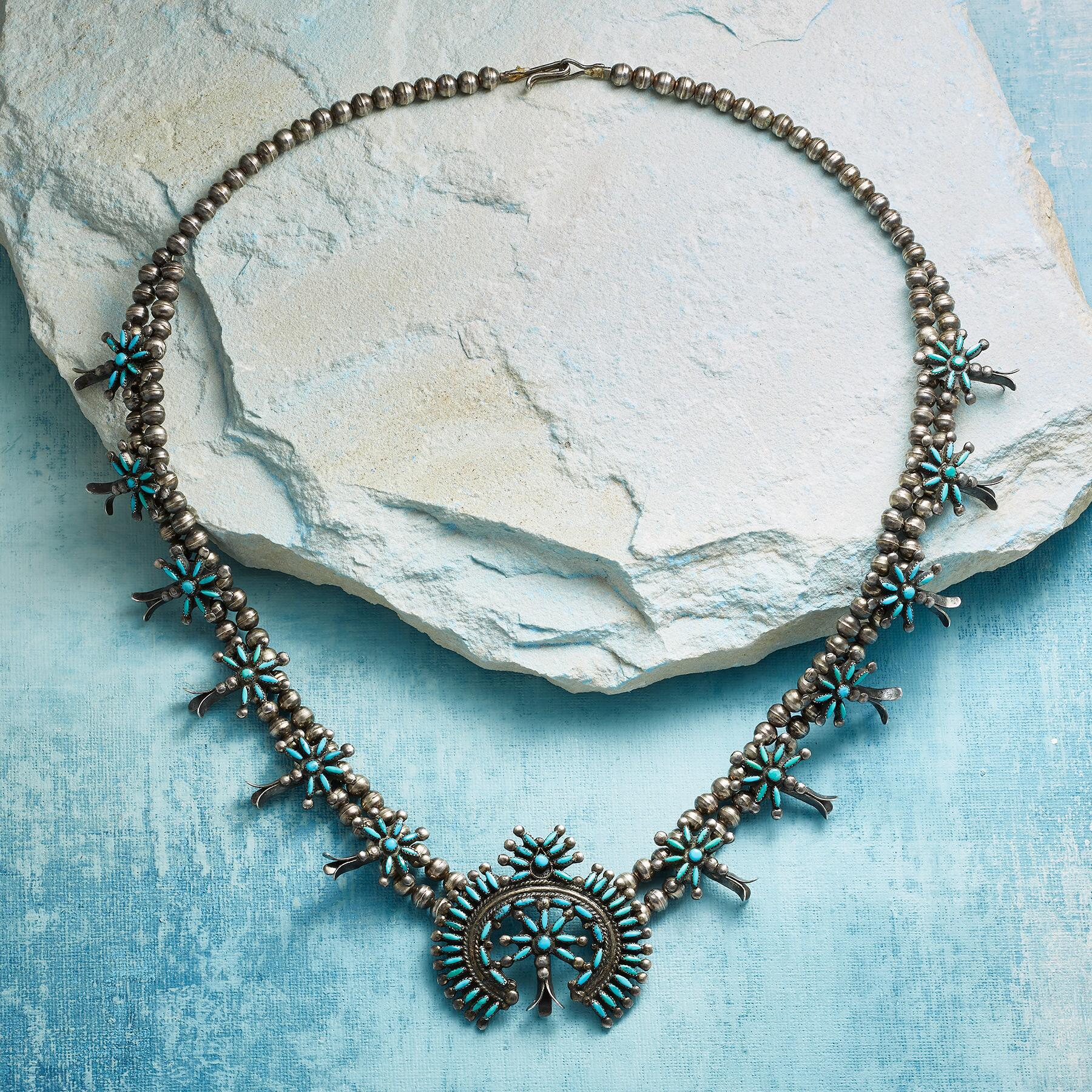 1950S ZUNI SQUASH BLOSSOM NECKLACE: View 2