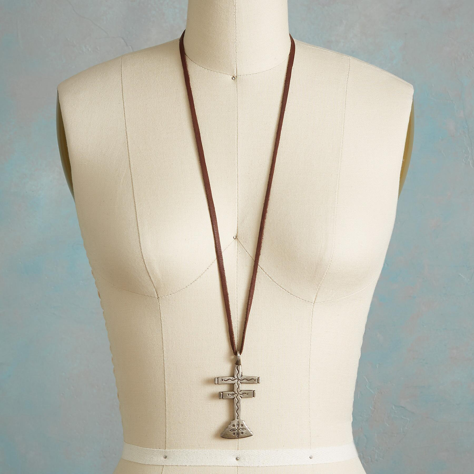 JOCK FAVOUR DRAGONFLY CROSS NECKLACE: View 4