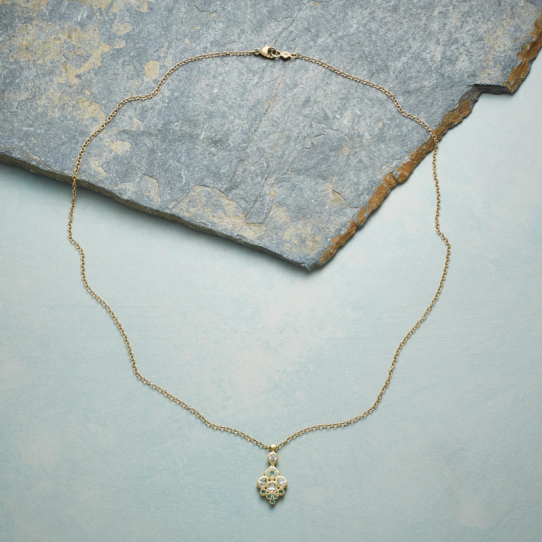 SILIANA NECKLACE: View 2