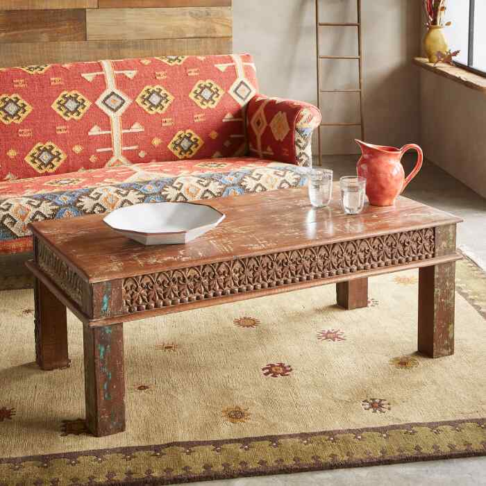 VARENYA COFFEE TABLE