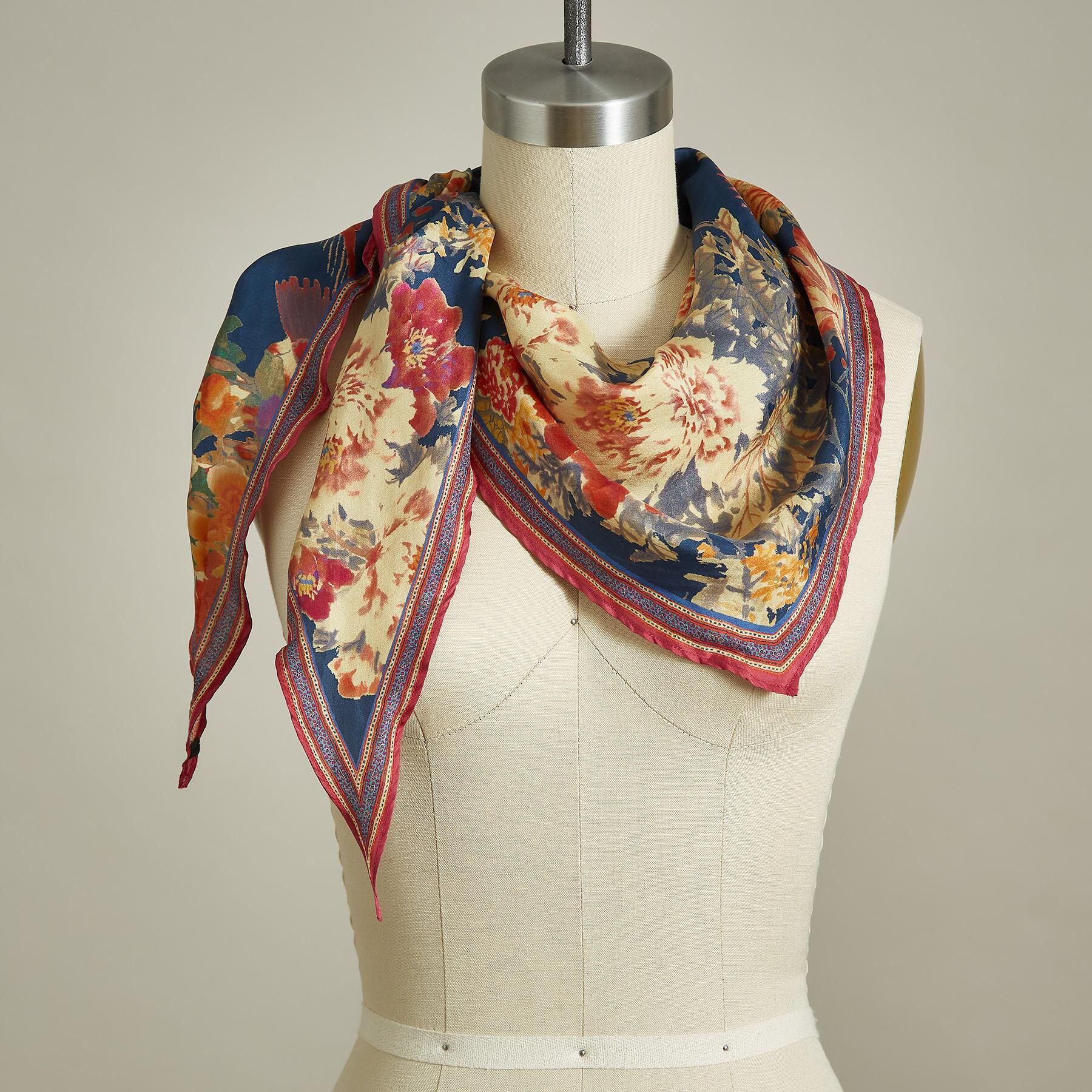 BLOOMING WILD SCARF: View 1