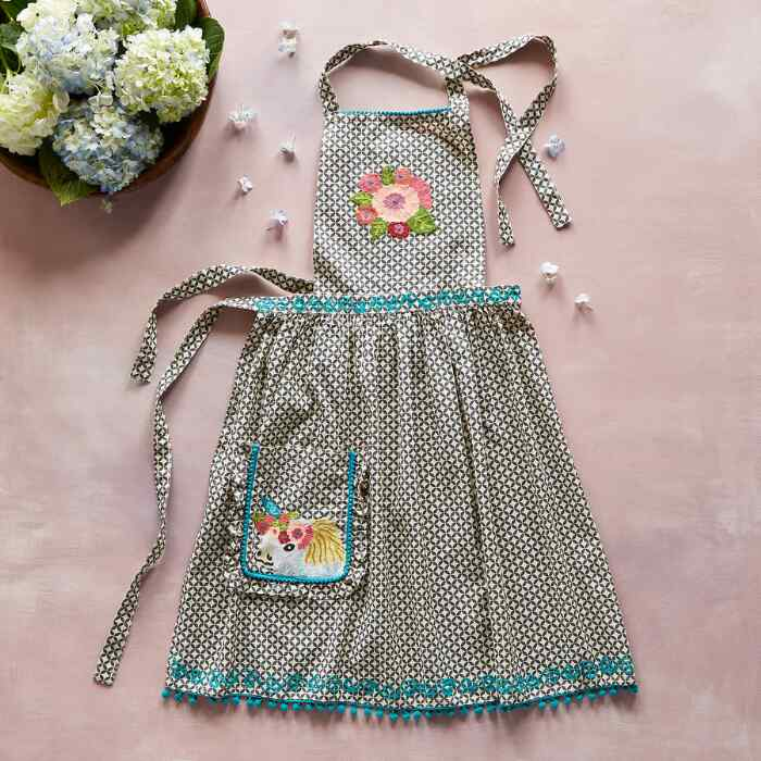 WHIMSY EMBROIDERED APRON