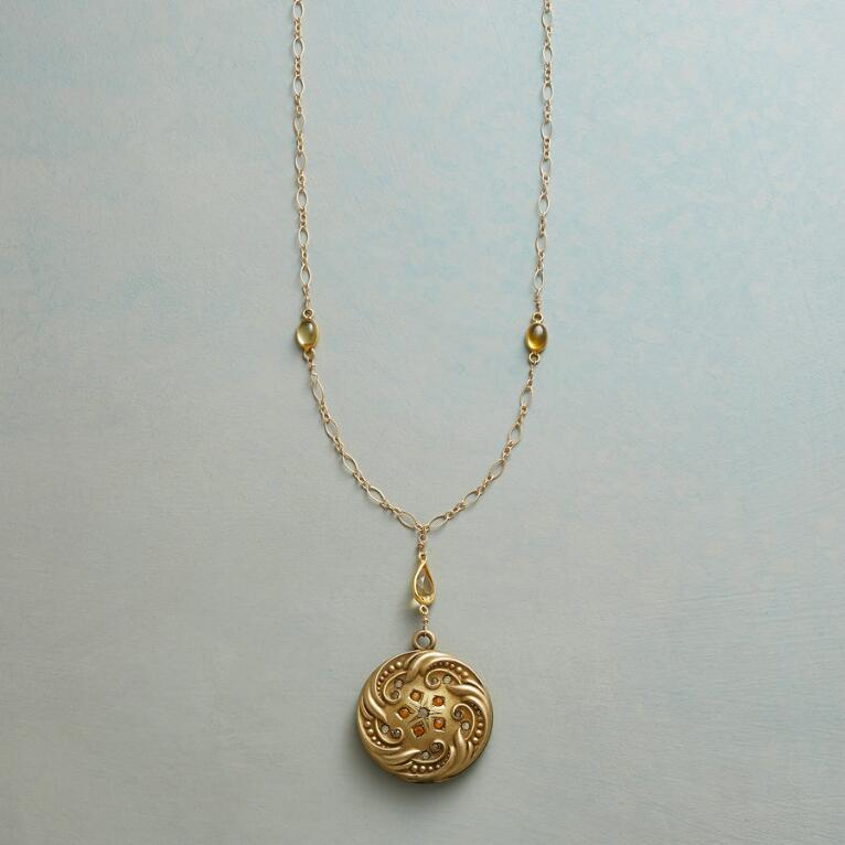 ALMA HEIRLOOM LOCKET NECKLACE