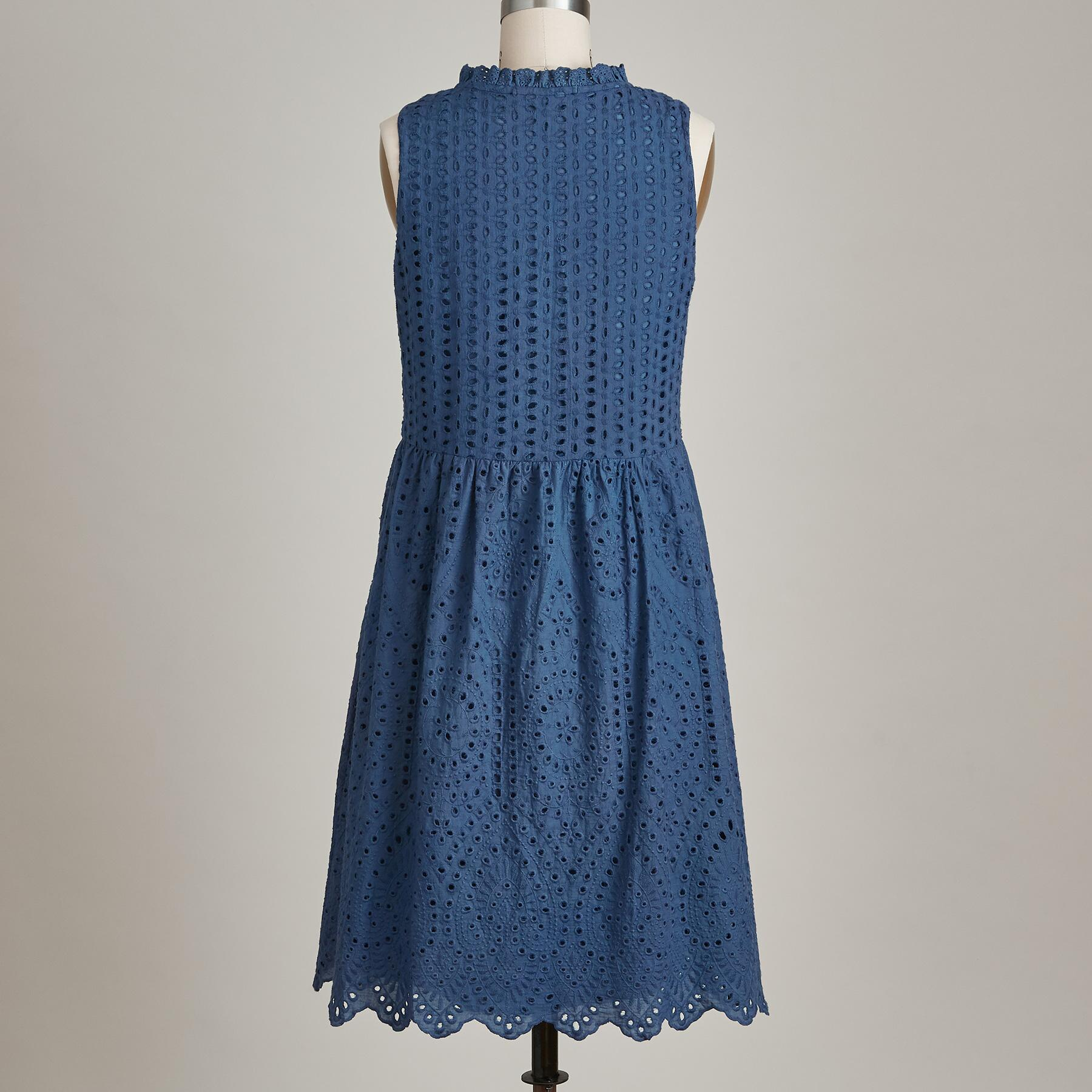 EYELET PROMISE DRESS: View 3