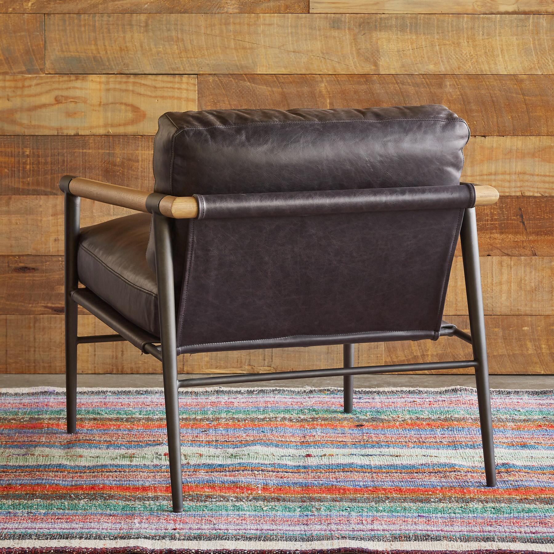 ANDERS CHAIR: View 2