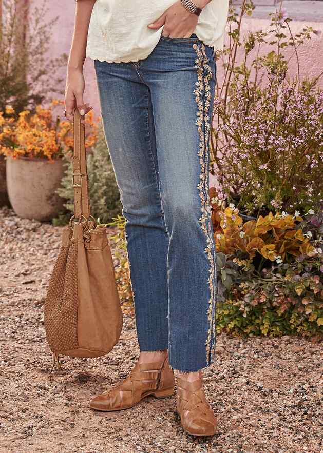 AUDREY WINNER'S CIRCLE JEANS
