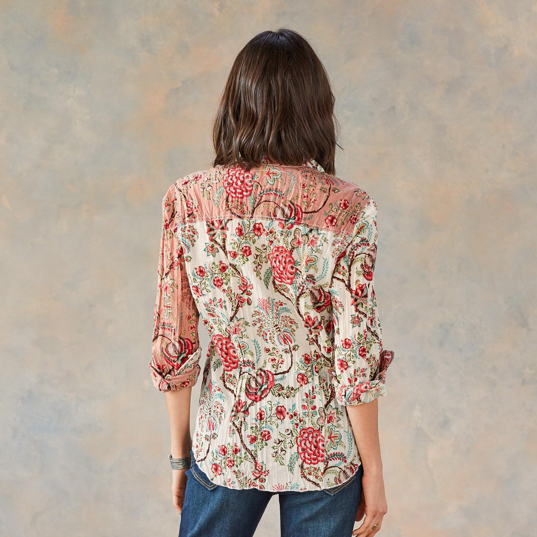 HEIRLOOM FLORAL BLOUSE: View 3