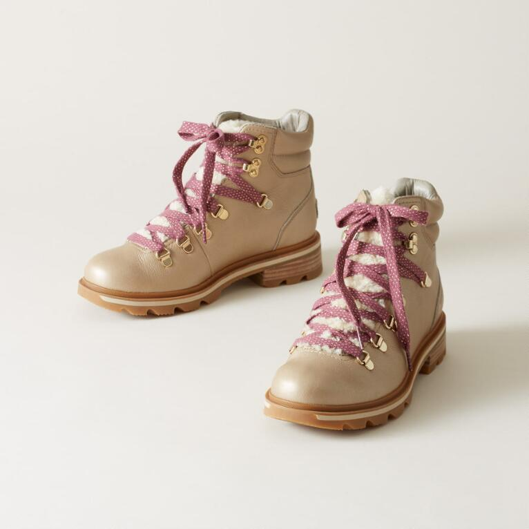 LENNOX LUX HIKER BOOTS