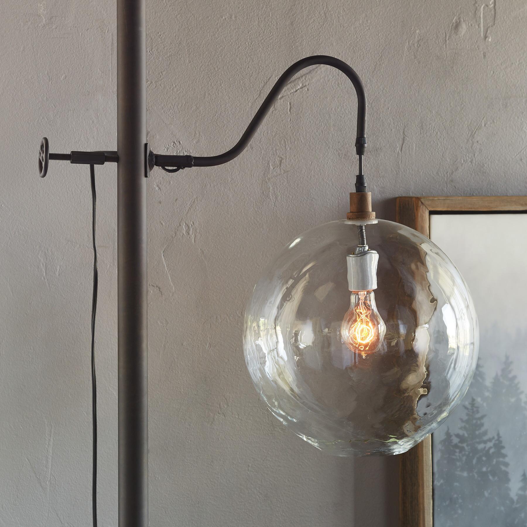 SALON GLASS FLOOR LAMP: View 3