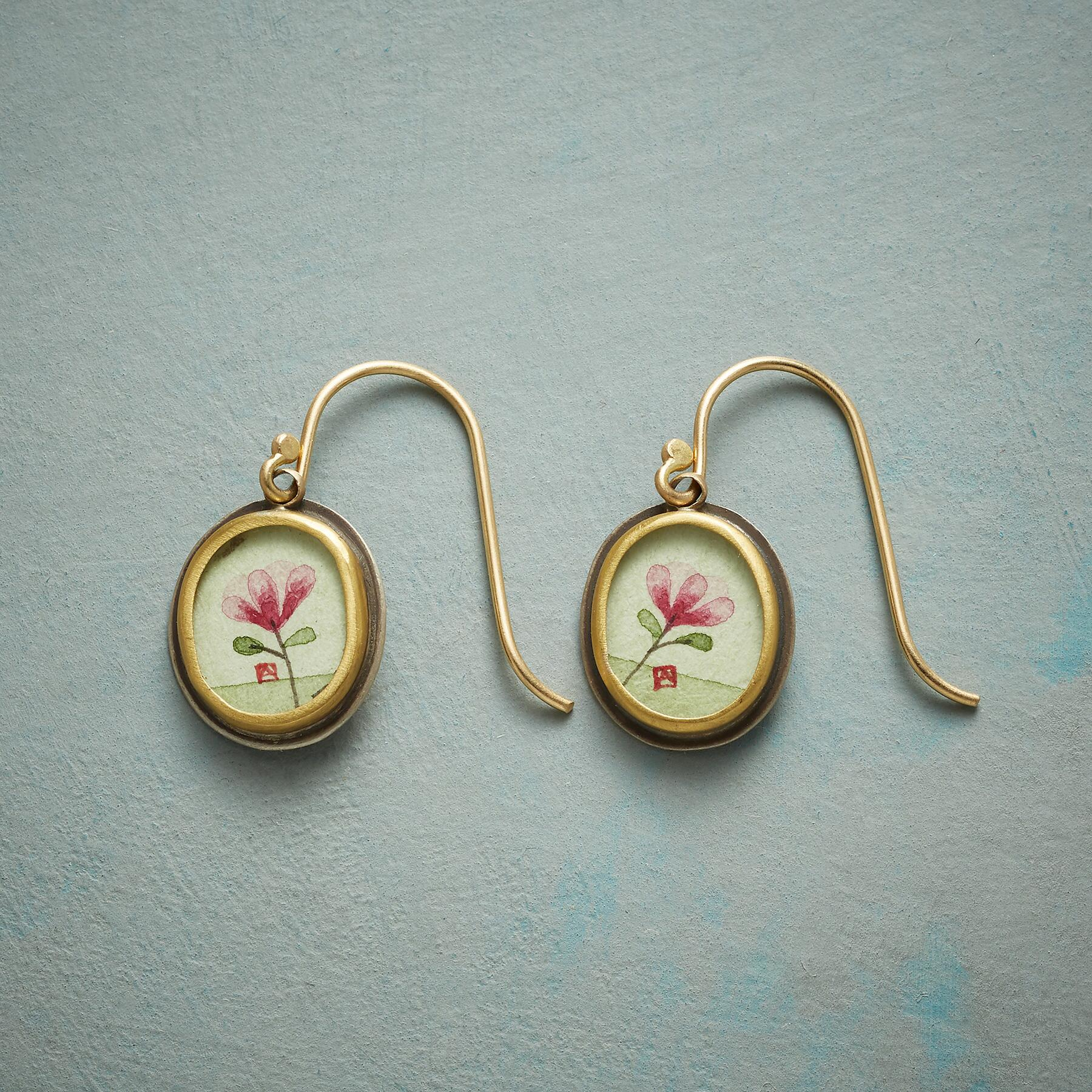MAGNOLIA BLOSSOM EARRINGS: View 1