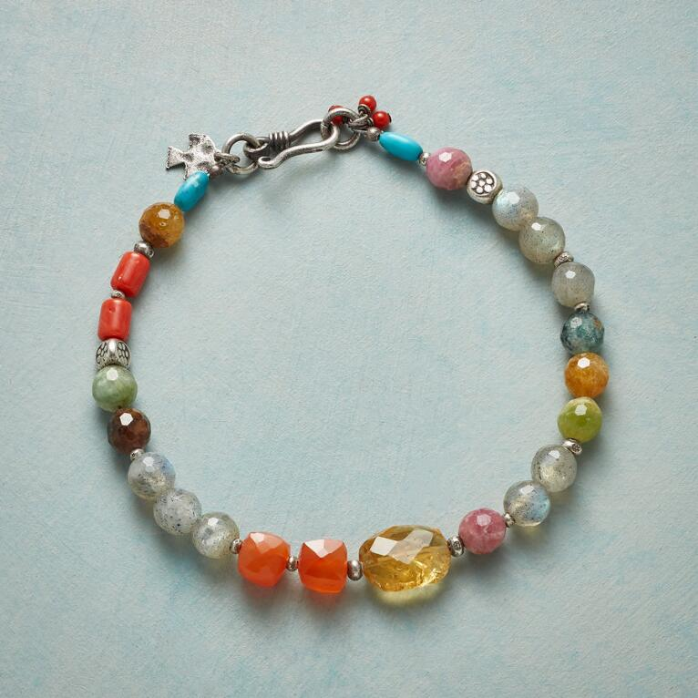 LIFETIME OF WONDER BRACELET