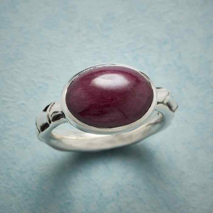 SPOOLED RUBY RING
