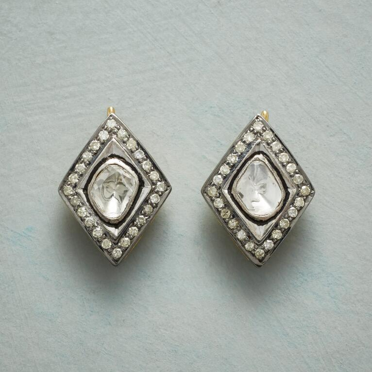 DIAMOND THREE WAYS EARRINGS