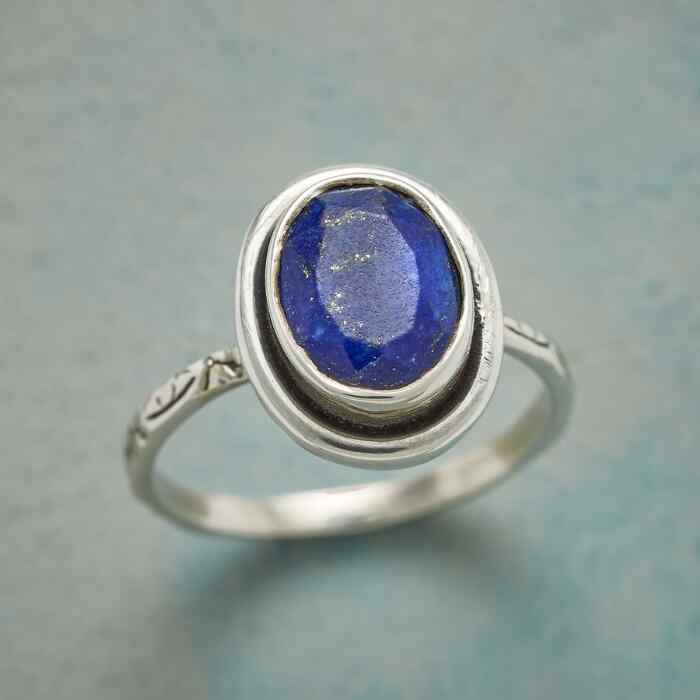 OUTLINED INDIGO RING