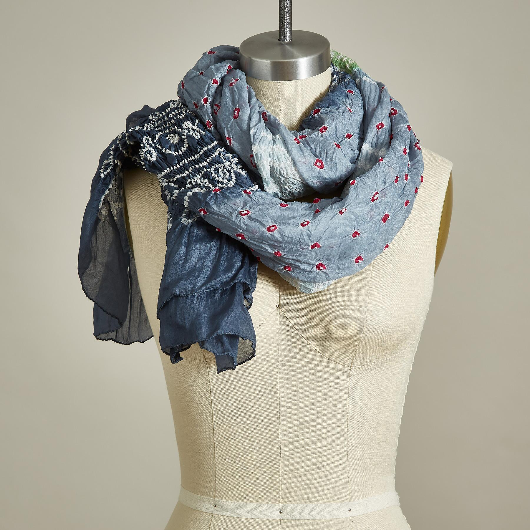 RUSHING WATERS SCARF: View 1