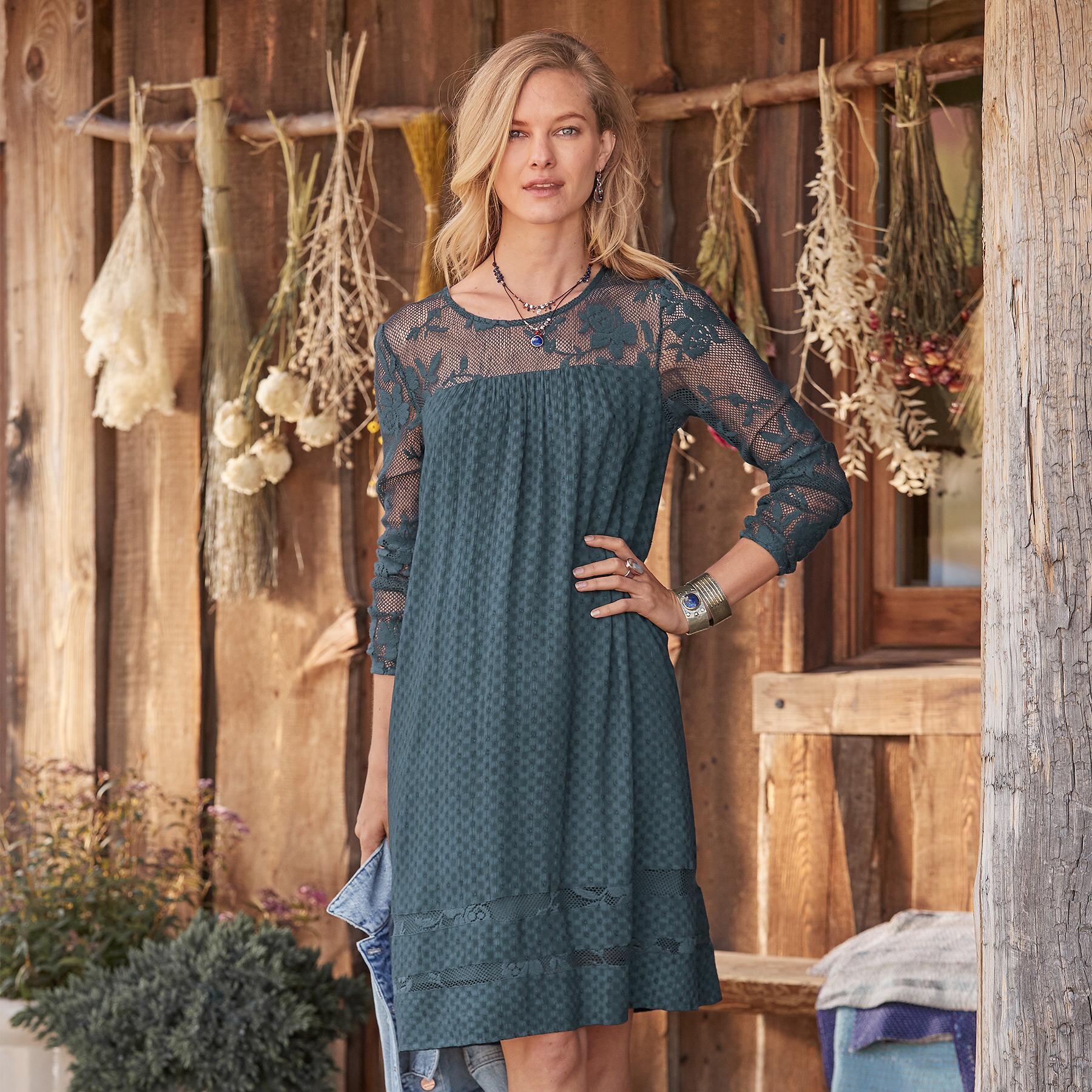 LORRAINE DRESS - PETITES: View 2