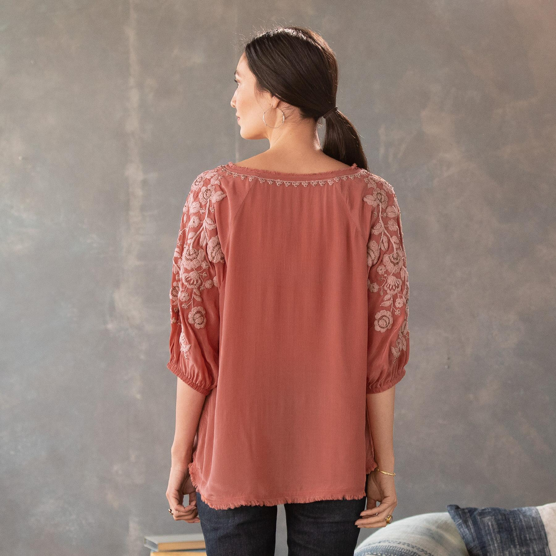 BELLISSIMO BLOUSE - PETITES: View 2