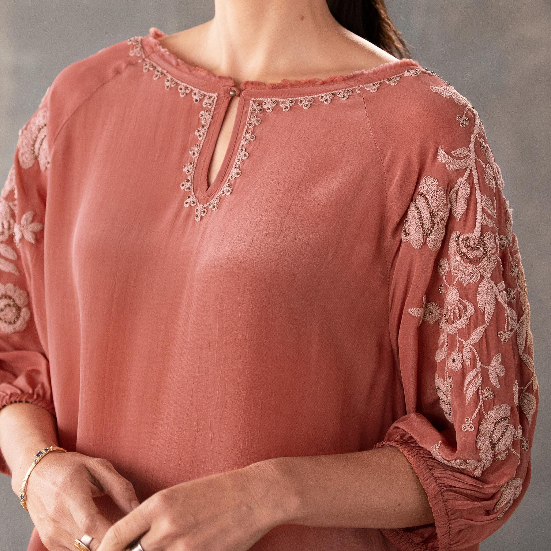 BELLISSIMO BLOUSE - PETITES: View 3