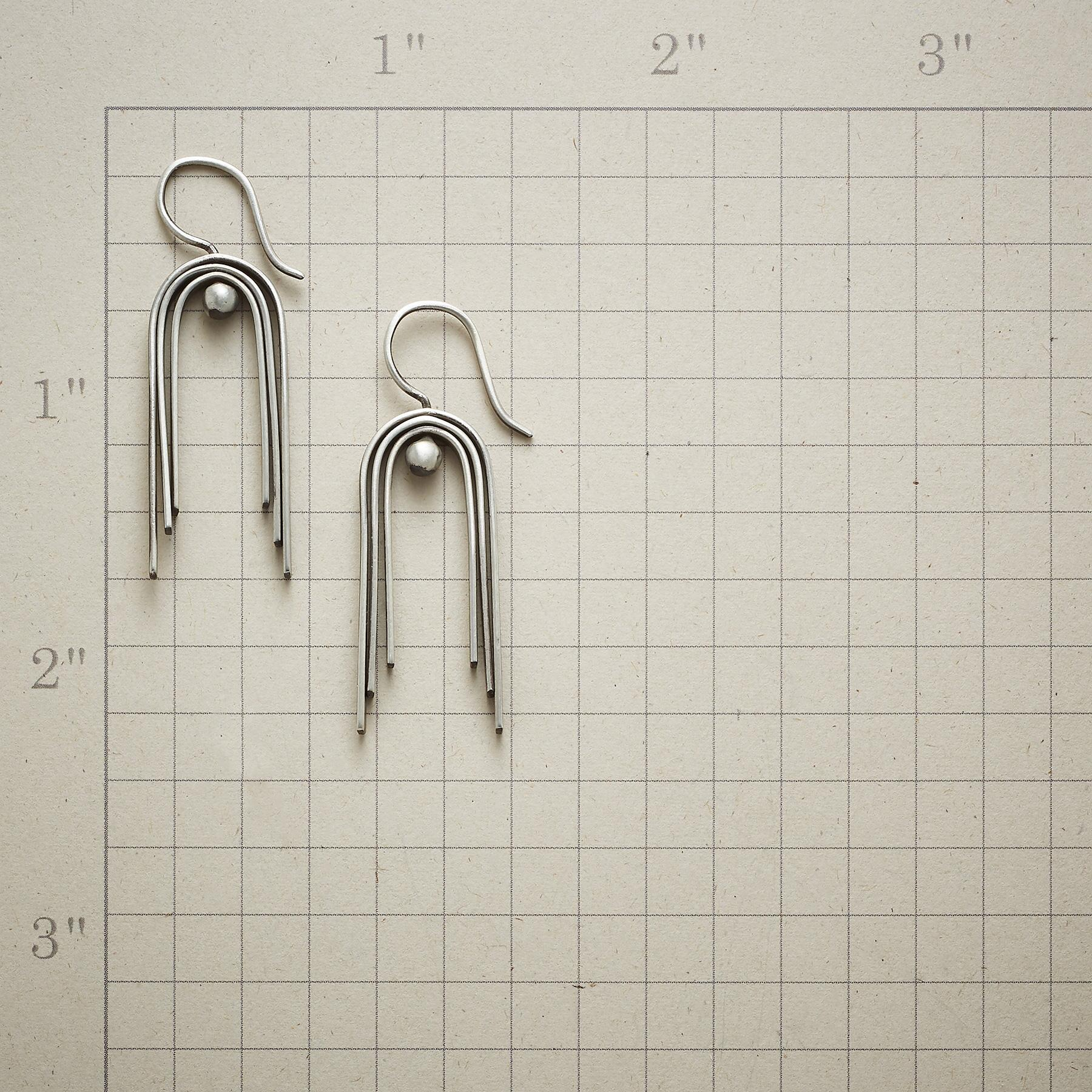 THREE ARCHES EARRINGS: View 2