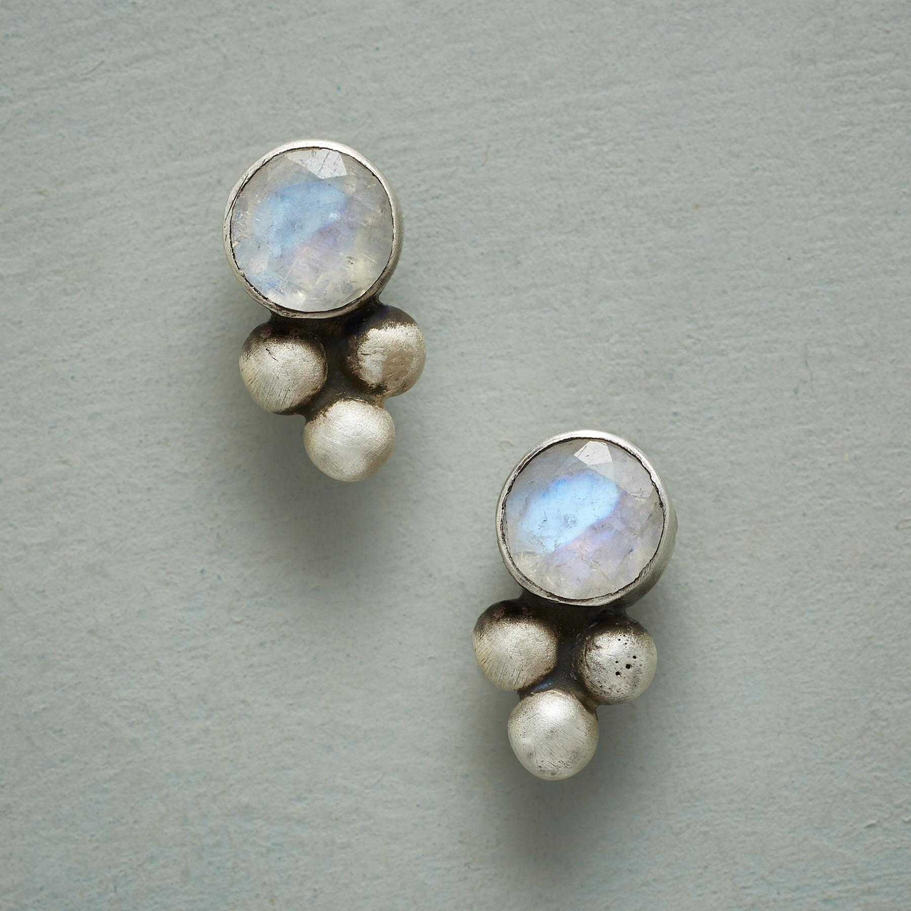 PEBBLED MOONSTONE EARRINGS: View 1