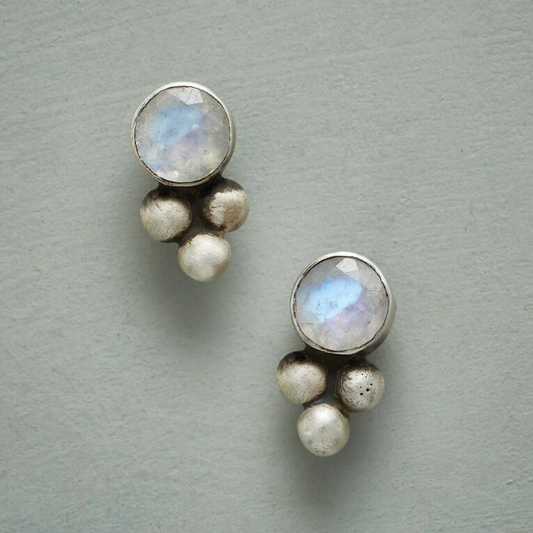 PEBBLED MOONSTONE EARRINGS