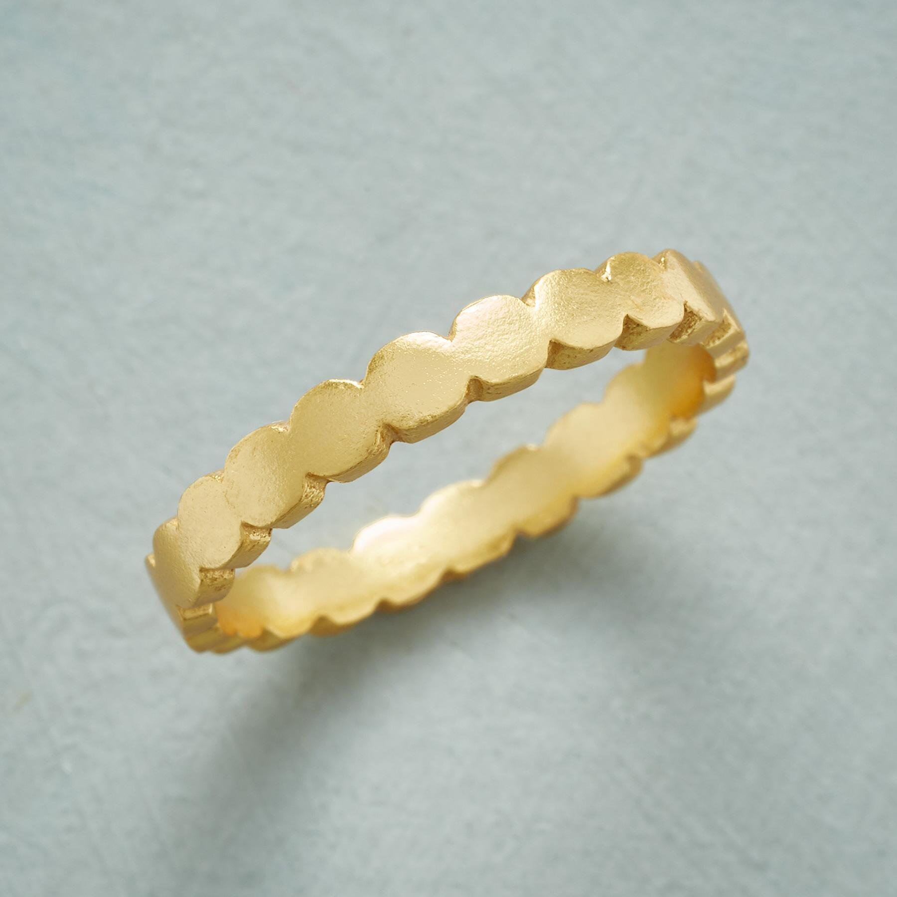 SCALLOPED SUBTLETIES RING: View 1