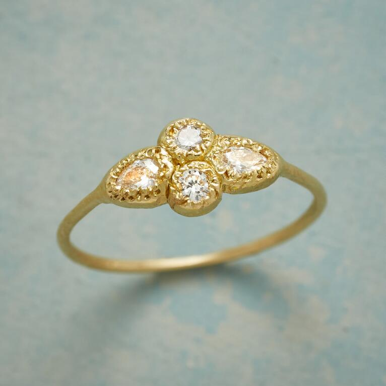 EVOLUTION DIAMOND RING