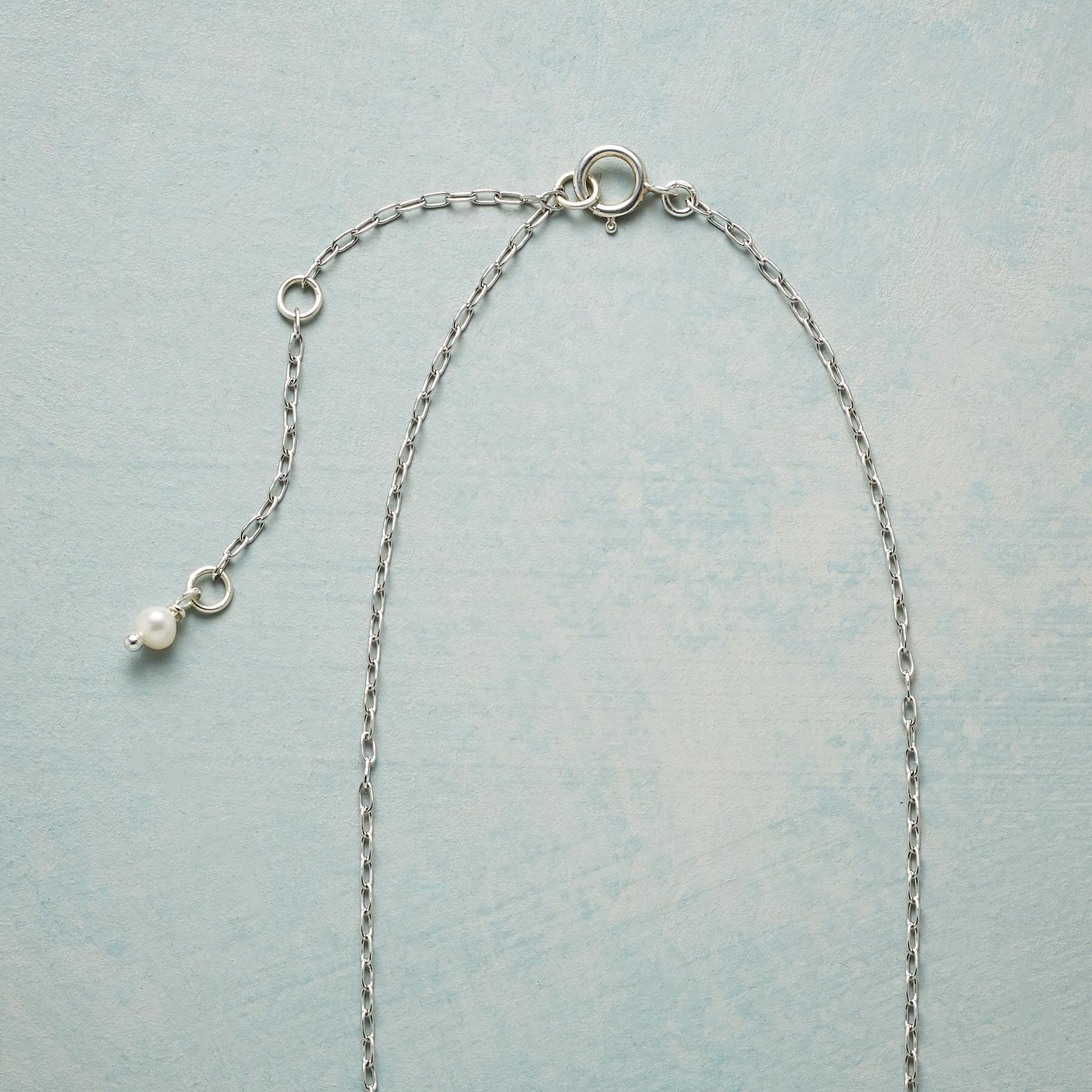 PEARLY WHITE NECKLACE: View 3