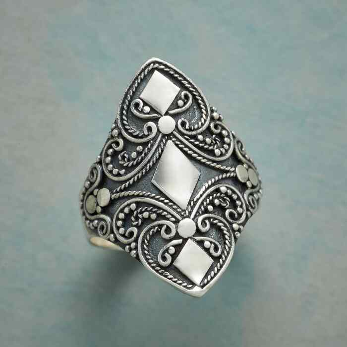 WARRIOR PRINCESS RING