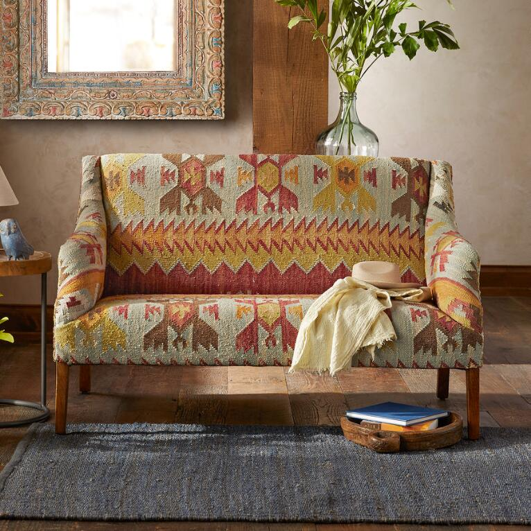 SUMMERHOUSE KILIM LOVESEAT