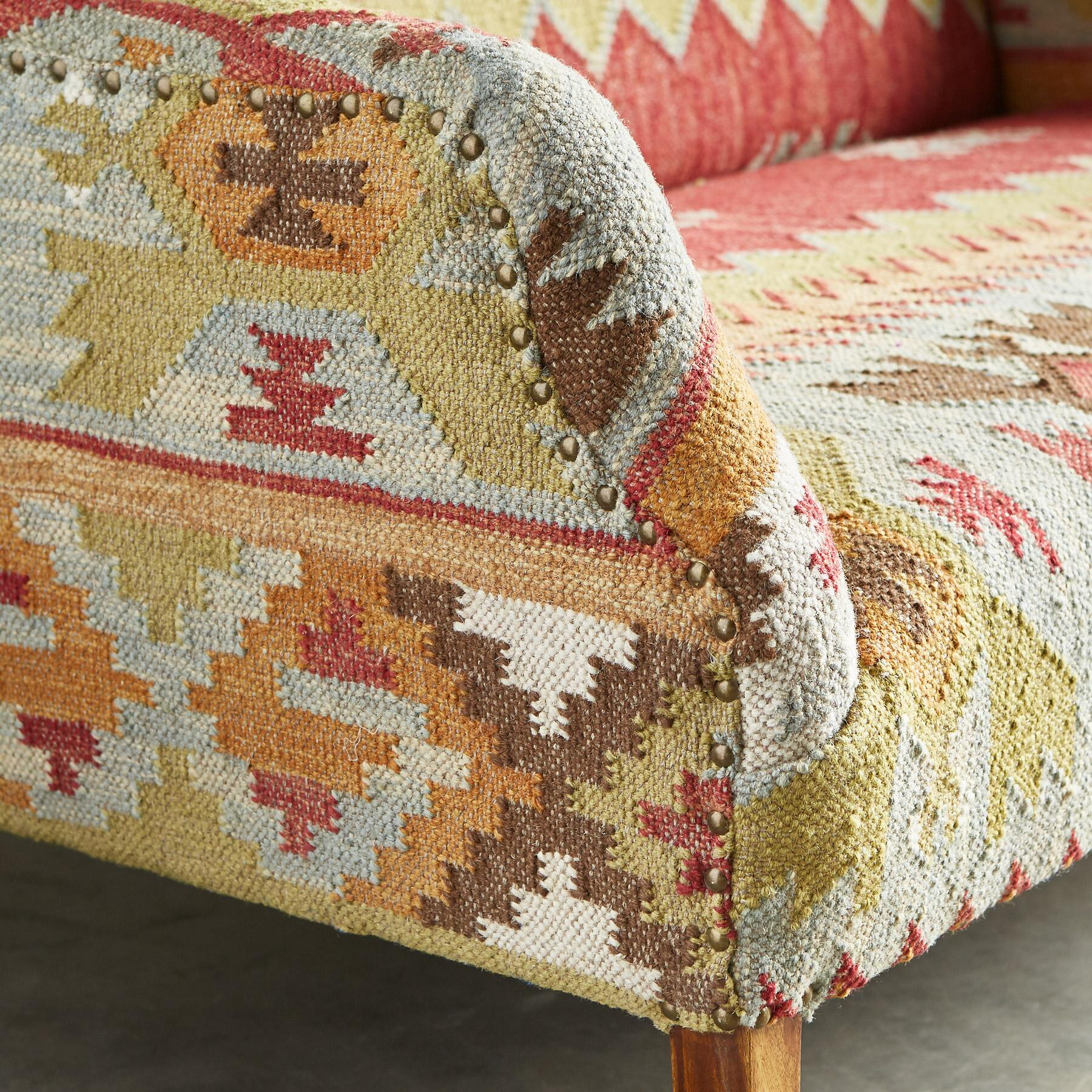 SUMMERHOUSE KILIM LOVESEAT: View 4