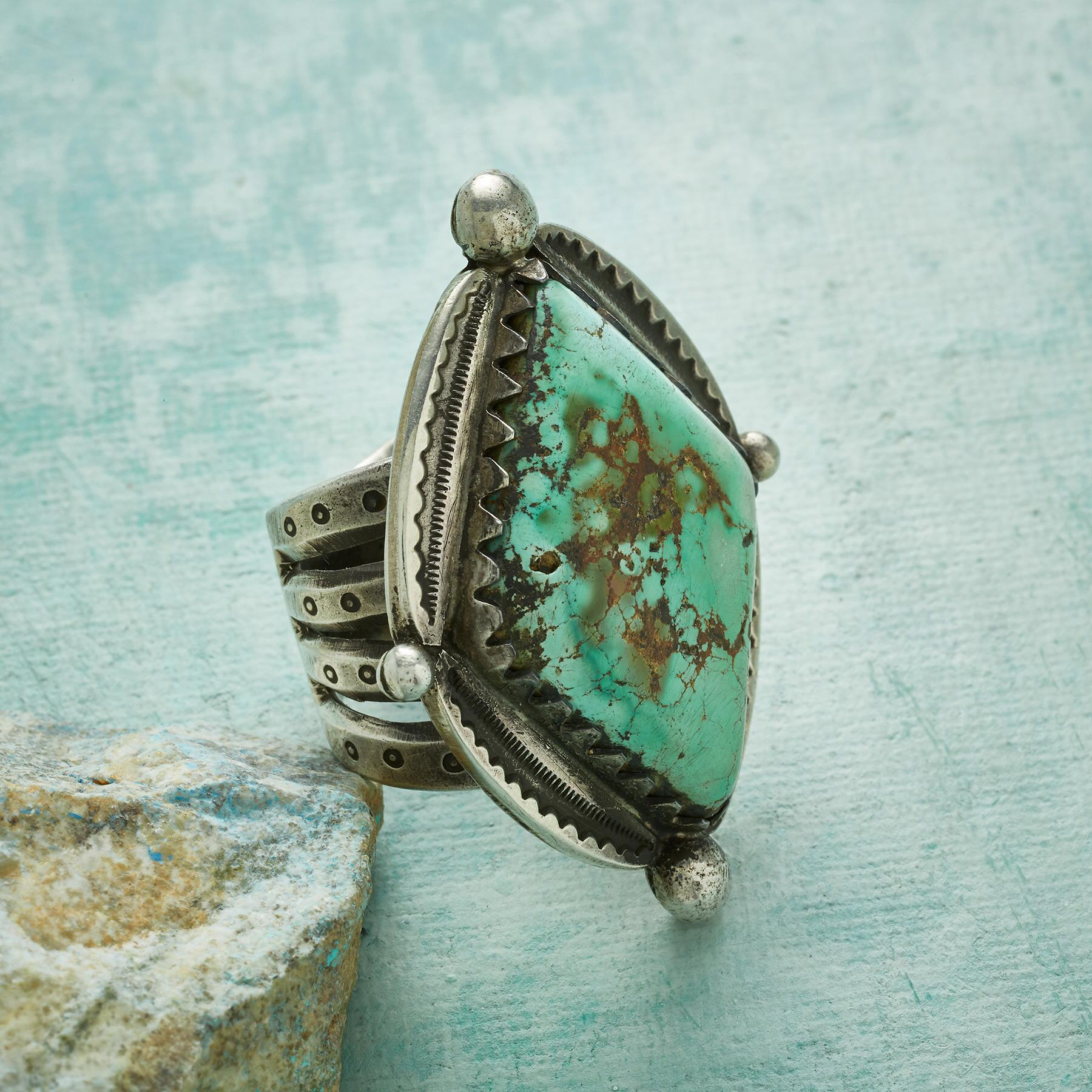 QUEEN OF DIAMONDS TURQUOISE RING: View 2