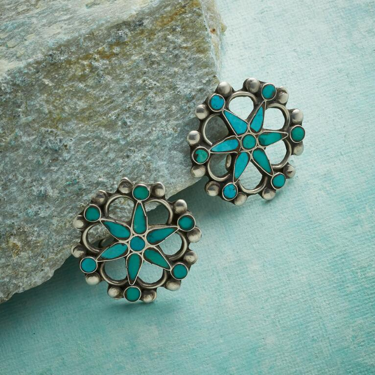 1950S WAGON WHEEL TURQUOISE EARRINGS