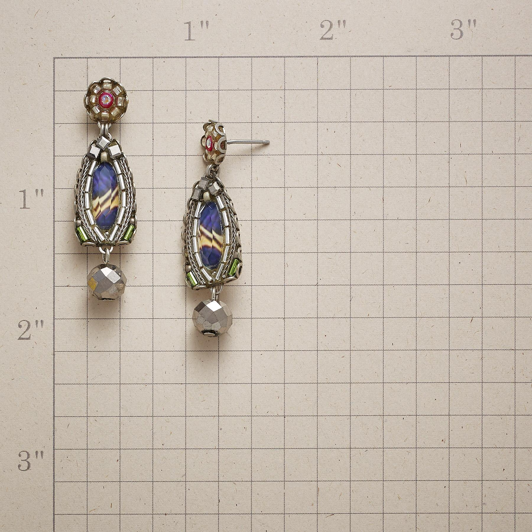 SONG OF AUTUMN EARRINGS: View 2