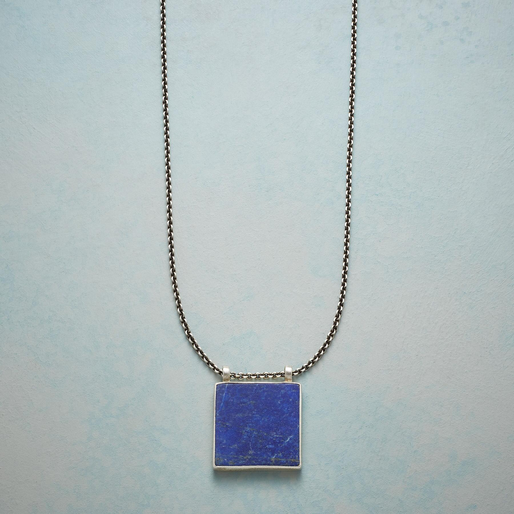 CLEAR NIGHT NECKLACE: View 1