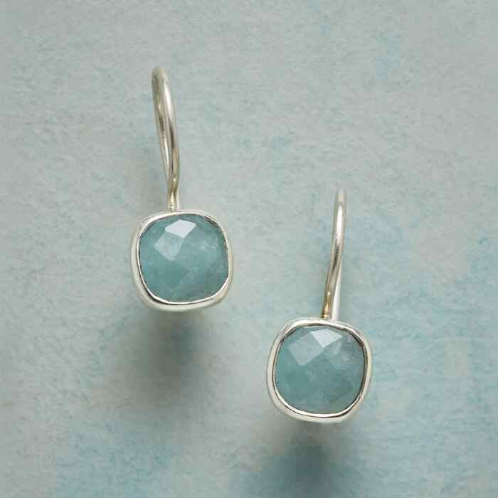 MINI MINT EARRINGS