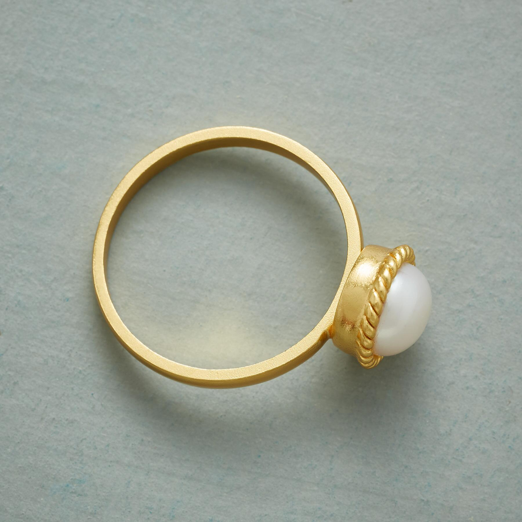 PEARL HALO RING: View 2
