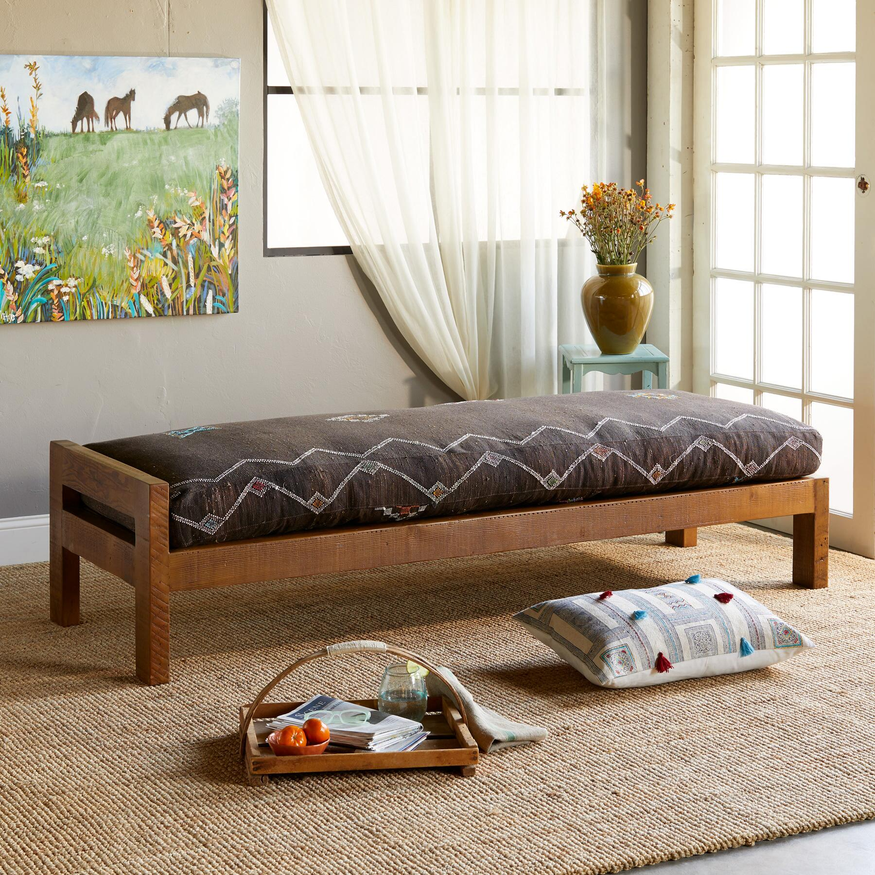 ERRACHIDIA MOROCCAN DAY BED: View 1