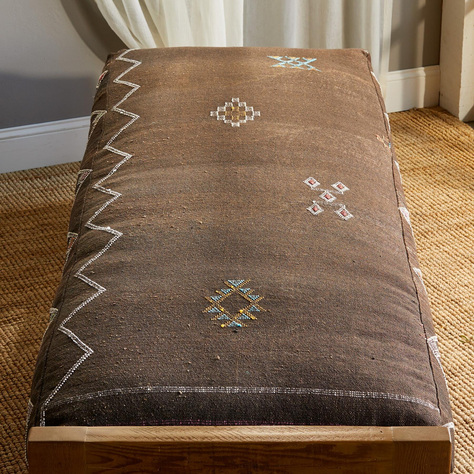 ERRACHIDIA MOROCCAN DAY BED: View 2