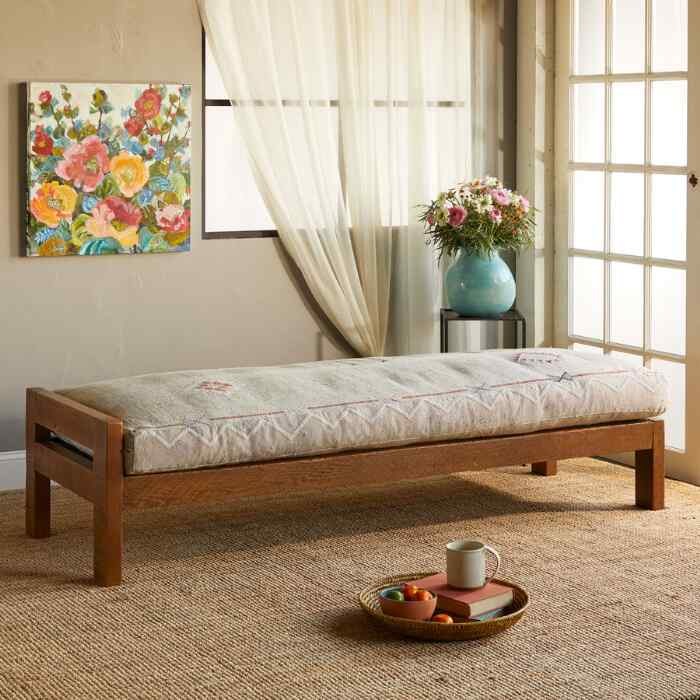 LAHRAOUYINE MOROCCAN DAY BED