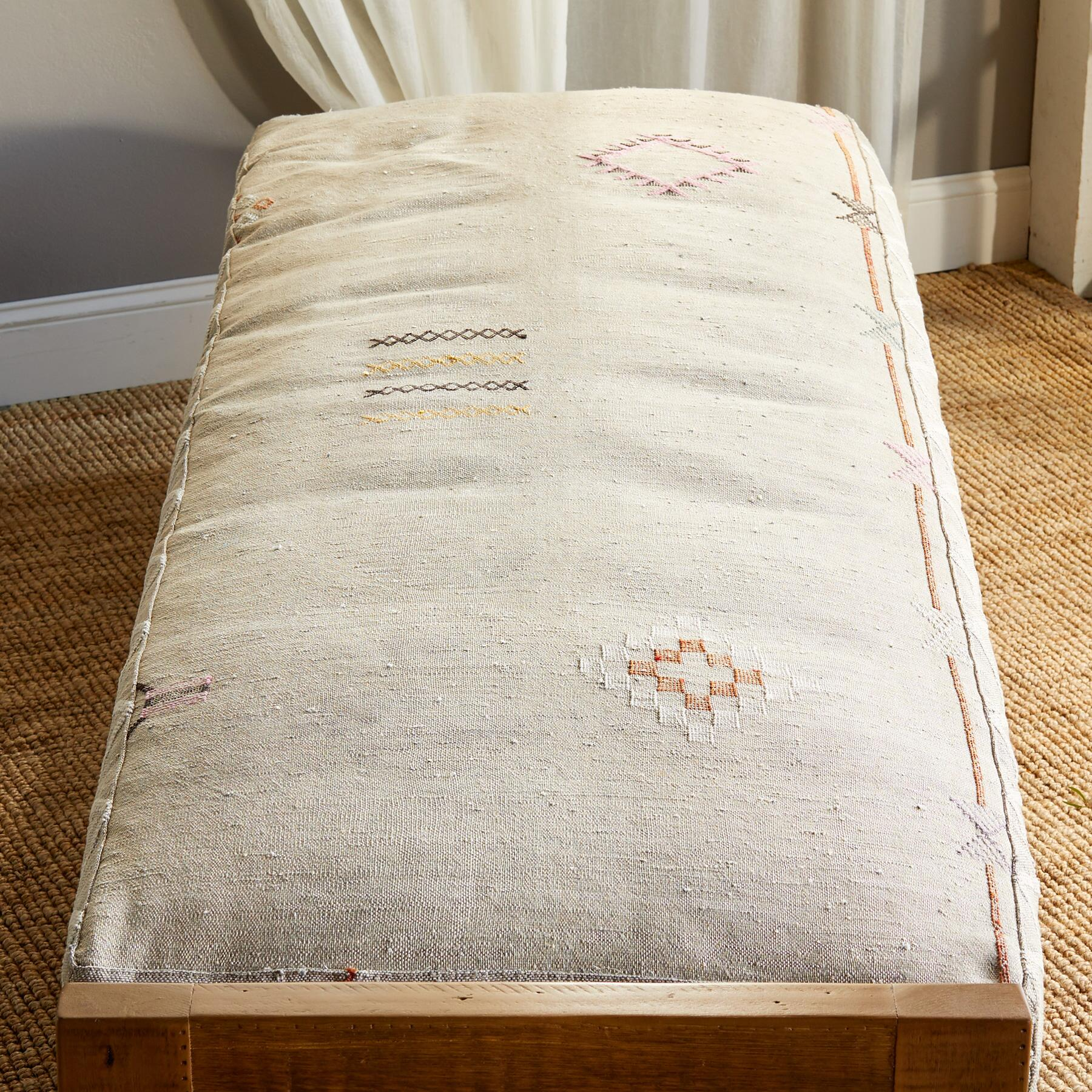 LAHRAOUYINE MOROCCAN DAY BED: View 2