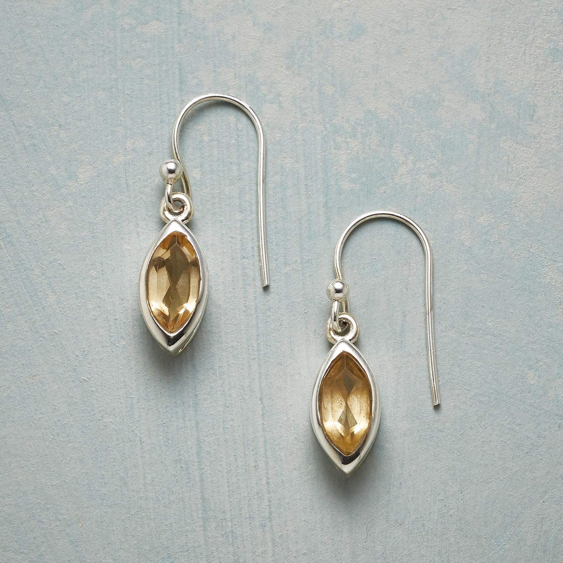 GOLDEN GROVE EARRINGS: View 1