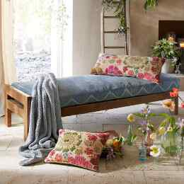 MALABATA MOROCCAN DAY BED