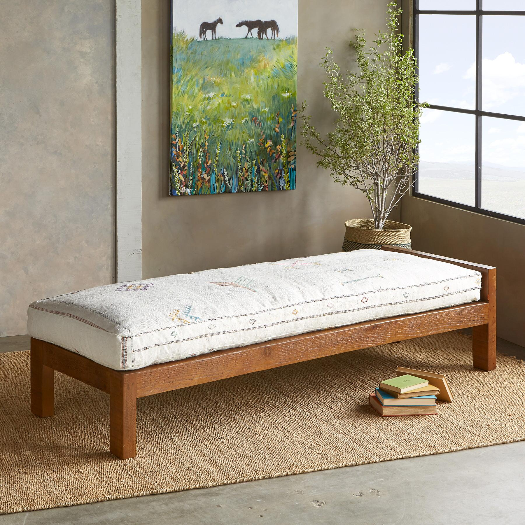 LYAMANI MOROCCAN DAY BED: View 1